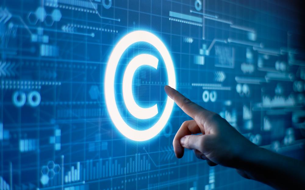 Защита интеллектуальной собственности в Интернете. Советы юристов Stalirov&Co.